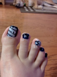 I tried it out on my toes first since I figured no one will see if I mess up.